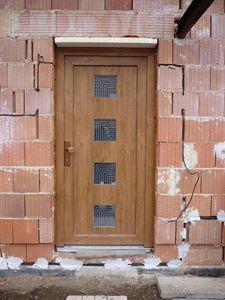 Montáž vchodových dveří